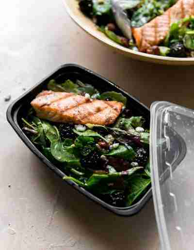 Black & Bleu Salmon Salad-9