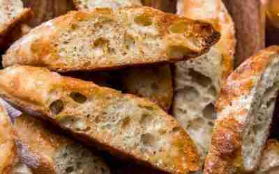 Super Simple Garlic Bread