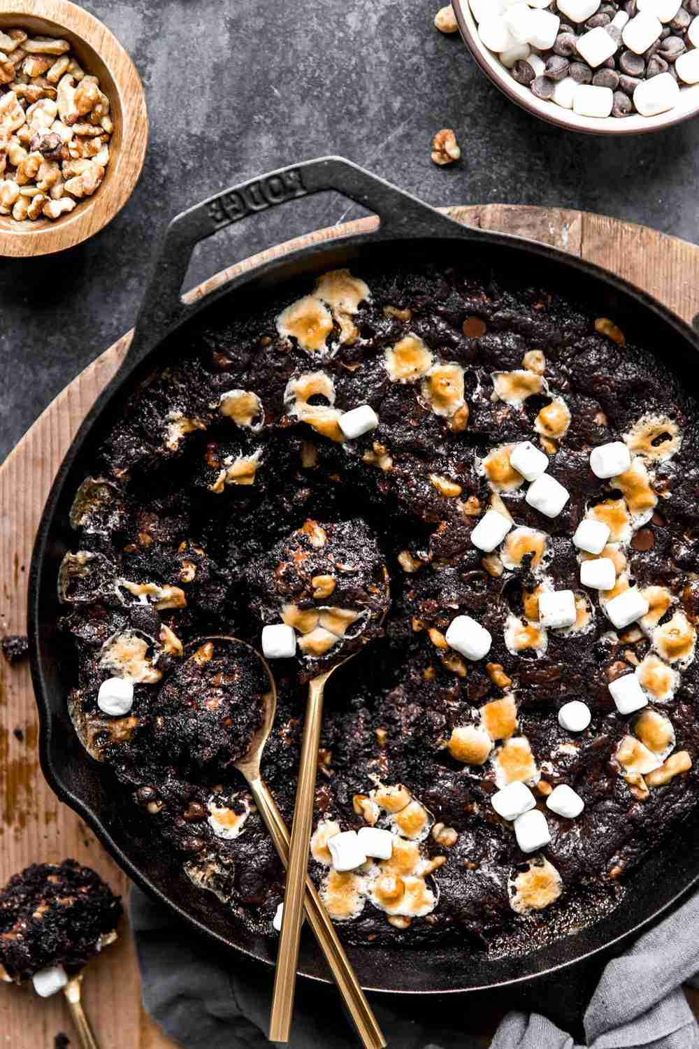 Rocky Road Skillet Brownie