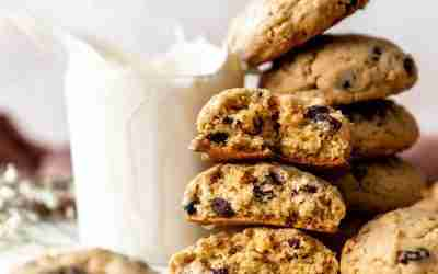 Brown Butter Oatmeal Raisin Cookies